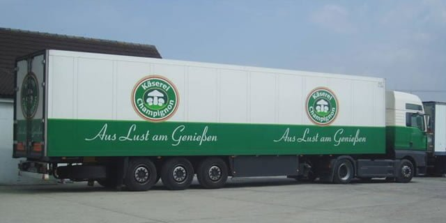 Kaserei Champignon Truck in Tom Walker and Sons Yard
